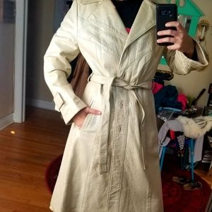 VTG Cream Dreamy 70s Long Leather Trench Coat
